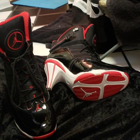 uk availability 9c1c1 f51d5 Jordan Shoes - Air Jordans- Red Wht Heel sz.10 BNWT